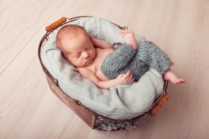 newborn photographer in Sydney NSW - Captured by Karmel