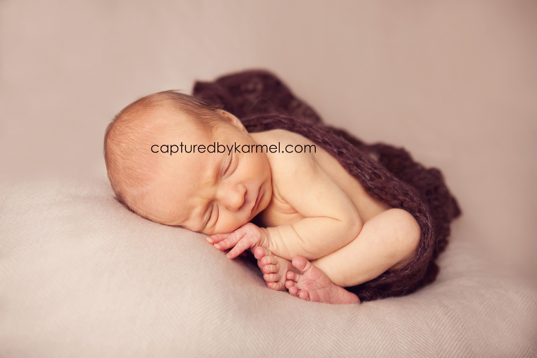 newborn photographer wamberal nsw