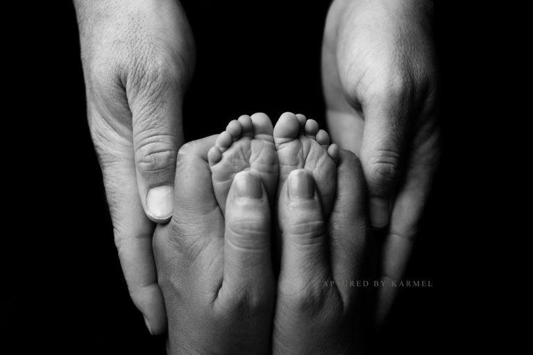 newborn baby photography feet