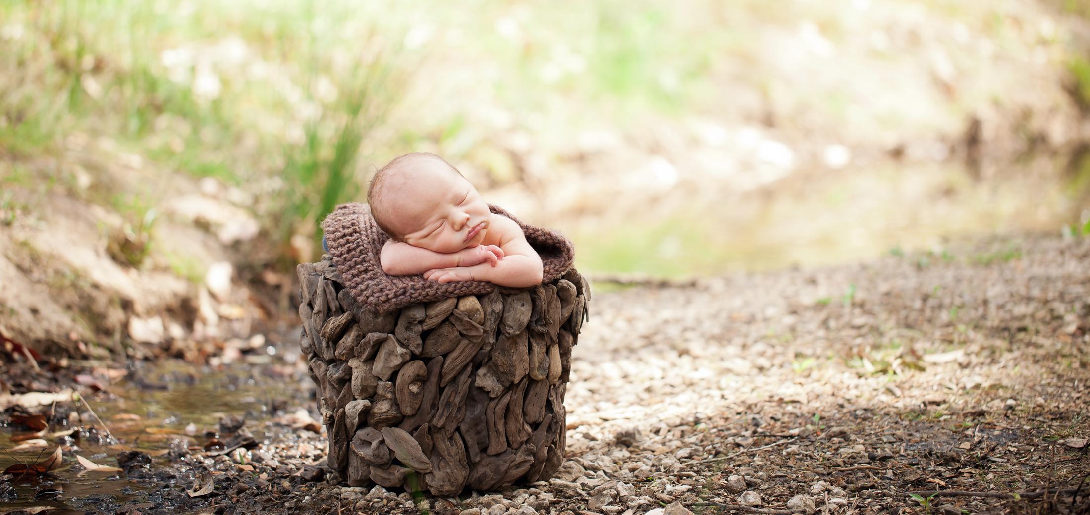 newborn photography terrigal nsw